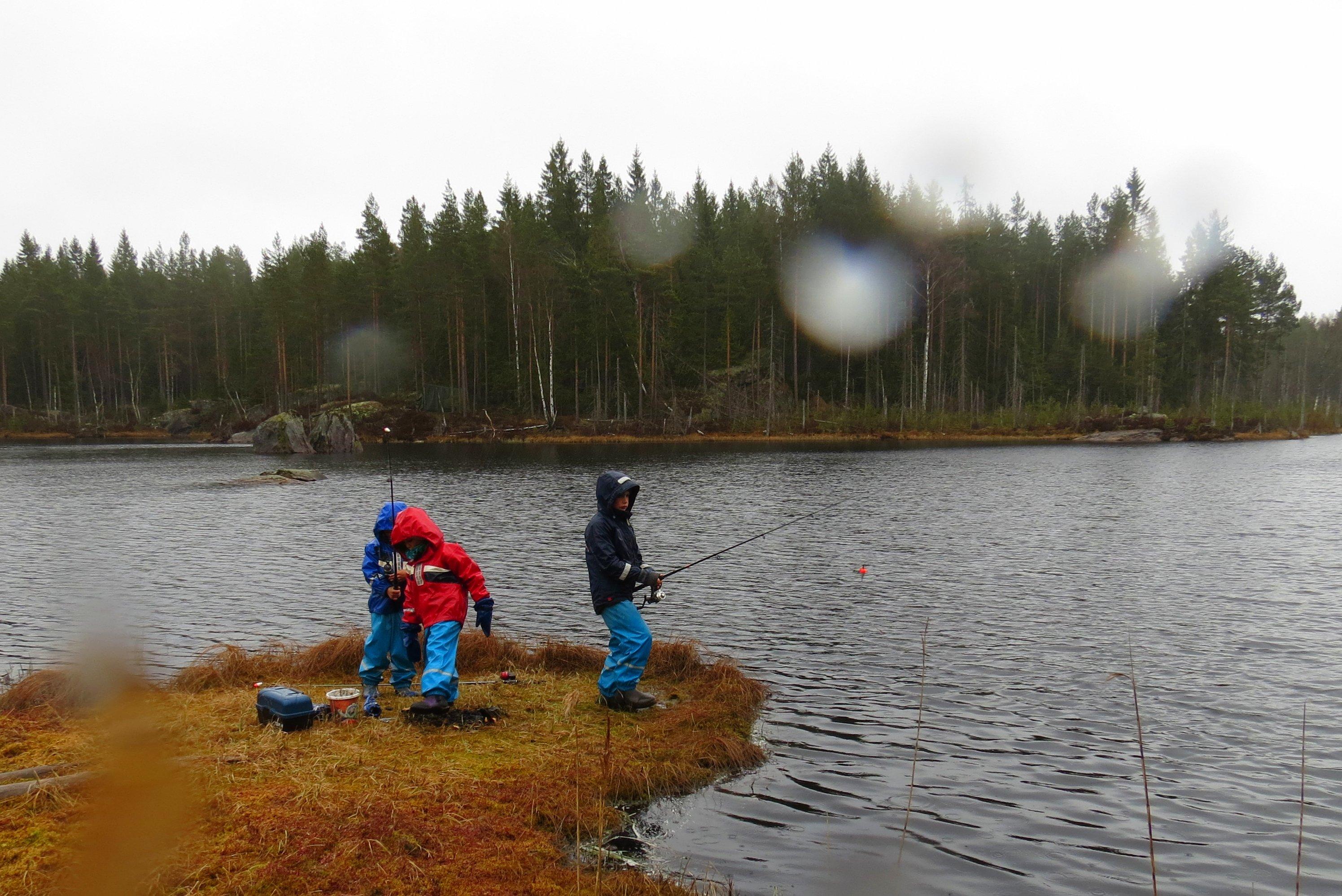 03-fisketur i regnvær 021
